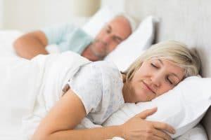 sleeping couple no snoring